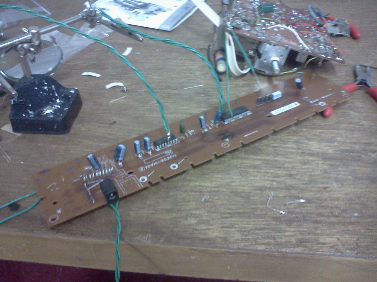 Circuit Bending Casio Keyboard
